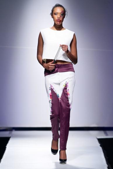 Znzorzi Adby  Zimbabwe Fashion Week 2013 (13)