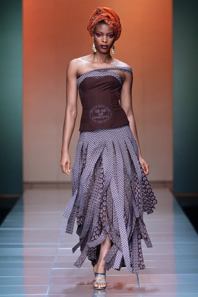 Bongiwe walaza mercedes benz fashion week africa 2013 for Mercedes benz fashion week