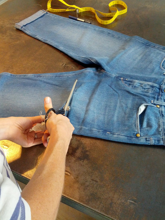 how to make the perfect cut off jean shorts