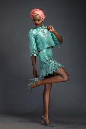 Komole-Kandids-Series-2_House-of-Deola_Aso-Oke_Nigerian-Wedding_fashionghana (28)