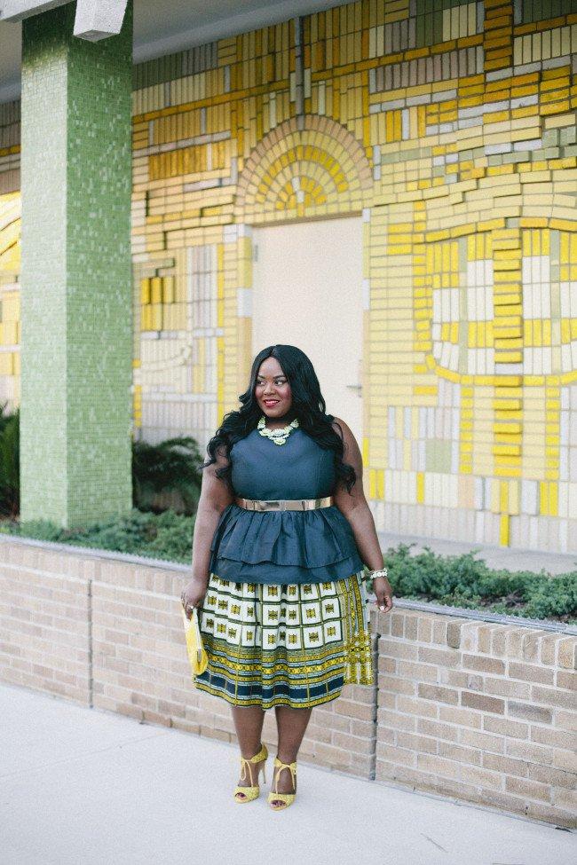 Puplum Dress With Flare Skirt