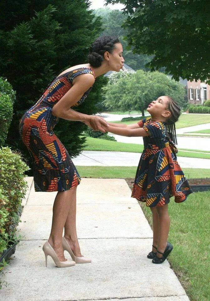 mother and daught african fashion pics (13)