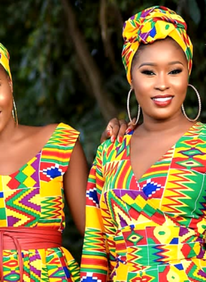 #HOTSHOTS: Check Out This Fabulous Kente Print Editorial By New Ghanaian Fashion Brand Miraapi Couture