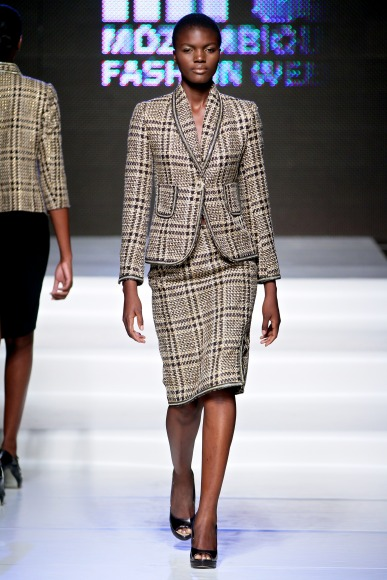 Ascot Mascagni Mozambique Fashion Week 2013 FashionGHANA African fashion (2)
