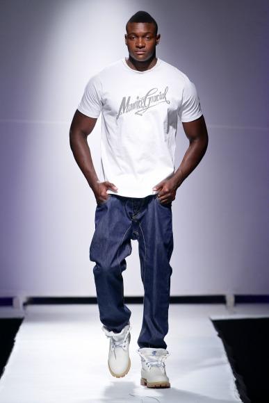 Maurice Glacial Zimbabwe Fashion Week 2013 (3)