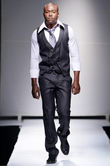 Zargue sia Zimbabwe Fashion Week 2013 (8)
