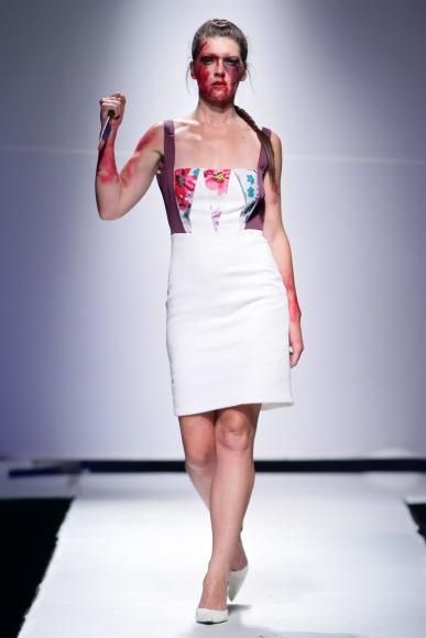 Znzorzi Adby  Zimbabwe Fashion Week 2013 (16)
