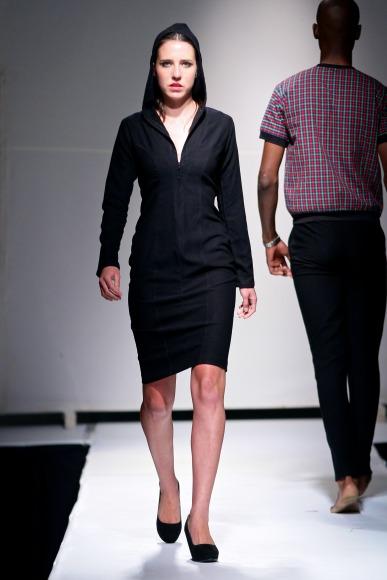 bold by estelle mantle  Zimbabwe Fashion Week 2013 (3)
