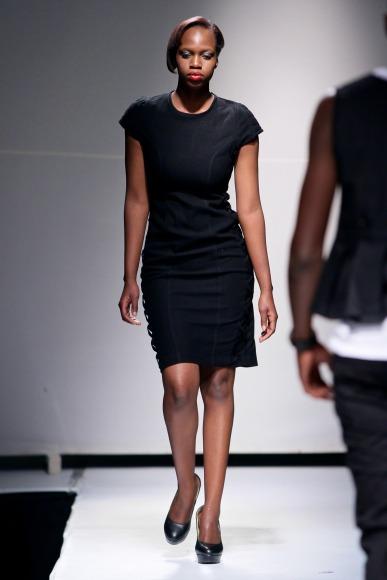 bold by estelle mantle  Zimbabwe Fashion Week 2013 (7)
