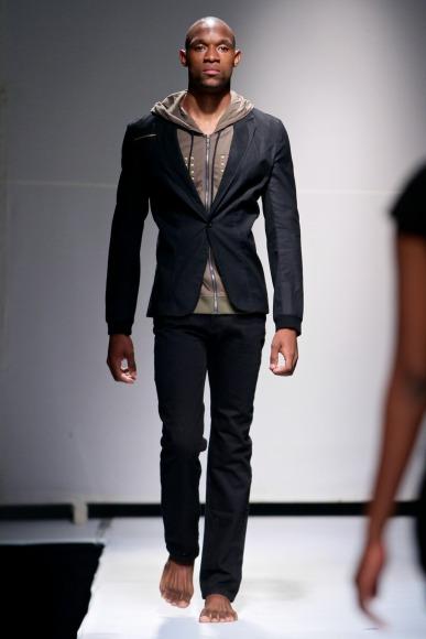 bold by estelle mantle  Zimbabwe Fashion Week 2013 (8)